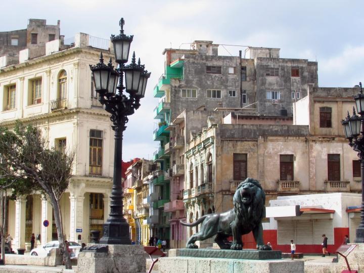 2. Havannan kirjavaa arkkitehtuuria